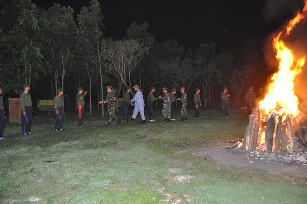 DIKLAT  KADER BELA NEGARA 2016: Foto Malam Api Unggun (Caraka Malam) <>